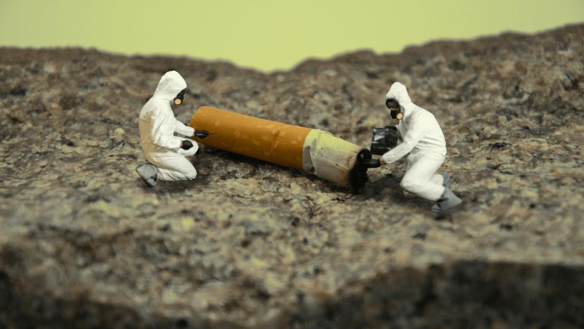 fabrican ladrillos con cigarros
